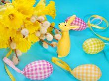 Wielkanocne ozdoby stołu
