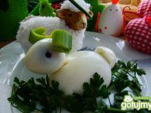 Wielkanocny baranek z jajek