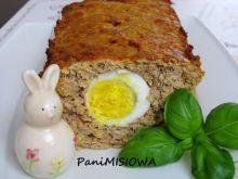Wielkanocny pasztet z jajkiem