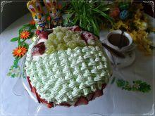 Wielkanocny tort pisanka