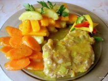 Wieprzowina i warzywa w sosie z curry