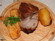 Wieprzowina pieczona z pietruszką :