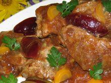 Wieprzowina w sosie ze śliwką