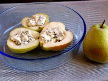 Winne gruszki z serem pleśniowym