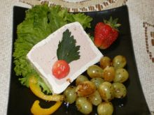 Winogrona smażone w sosie sojowym