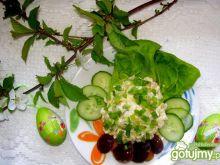 Wiosenna sałatka śledziowa