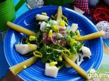 Wiosenna sałatka z tuńczykiem i porem