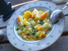Wiosenna zupa z jajkiem