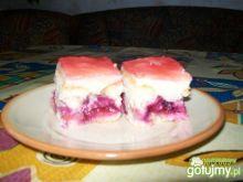 Wiśniowe ciasto z masą budyniową