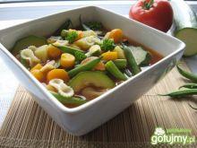 Włoska minestrone, czyli zupa jarzynowa