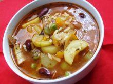 Włoska zupa minetrone