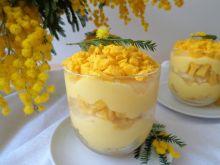 Włoski deser mimoza