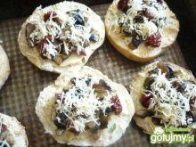 Włoskie grzanki z pieczarkami