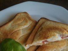 Włoskie sandwiche z mocarellą