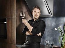 Teraz gotowanie stało się jeszcze prostsze. Wojciech Modest Amaro ambasadorem linii sprzętów AGD Chef Collection w Polsce