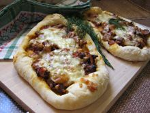 Wołowe mini pizze