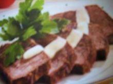 Wołowina w sosie chrzanowym.