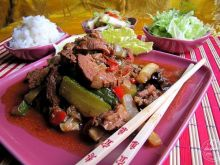 Wołowina w sosie sojowym z warzywami