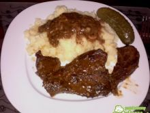 Wołowina w sosie własnym z rozmarynem