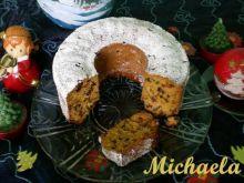 Wykwintne ciasto drożdżowe z bakaliami