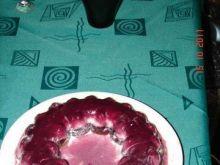 Wylewne ciasto z sokiem owocowym