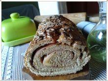 Wyrolowany pszenno-żytni chleb