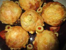 Wytrawne muffinki z szynką, serem i koperkiem