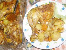 Udka z kurczaka z warzywami pieczone w rękawie