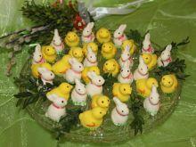 Zajączki i kurki o smaku ananasowym