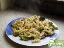 Zapiekane brokuły z kurczakiem