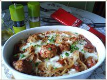Zapiekane spaghetti z klopsikami