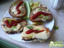 Zapiekane tosty z porami