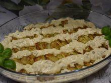 Zapiekane ziemniaki z sosem tatarskim