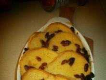 Zapiekanka chlebowa z jagodami goji