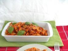 Zapiekanka makaronowa z pomidorami