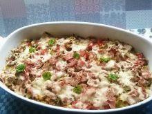 Zapiekanka makaronowa z wędliną i warzywami