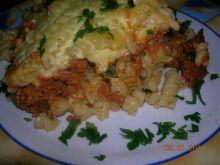 zapiekanka makaronowo-mięsna z serem