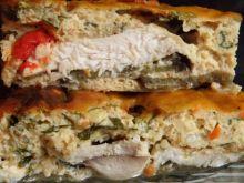Zapiekanka z bakłażana i kurczaka w sosie serowym