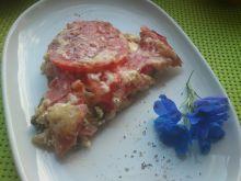Zapiekanka z cukinii, pomidorów i kiełbasy