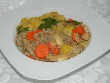 Zapiekanka z kaszy jęczmiennej ziemniaków i fasoli