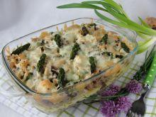 Zapiekanka z makaronem razowym i szparagami