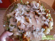 Zapiekanka z piersi kurczaka makaronu