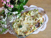 Zapiekanka z tortellini, kurczakiem i brokułem