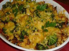 Zapiekanka ziemniaczana z mięsem i brokułami