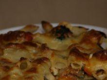 Zapiekany makaron z mięsem i warzywami