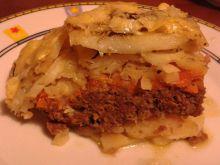 Zapikanka ziemniaczana z wieprzowiną i marchewką