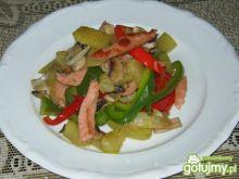 Zasmażane warzywa z mortadelą