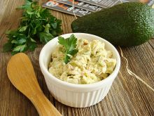 Zdrowa pasta jajeczna na zielono