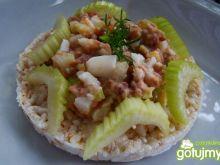 Zdrowa pasta z selera i tuńczyka
