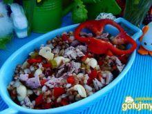 Zdrowa sałatka z kaszy gryczanej